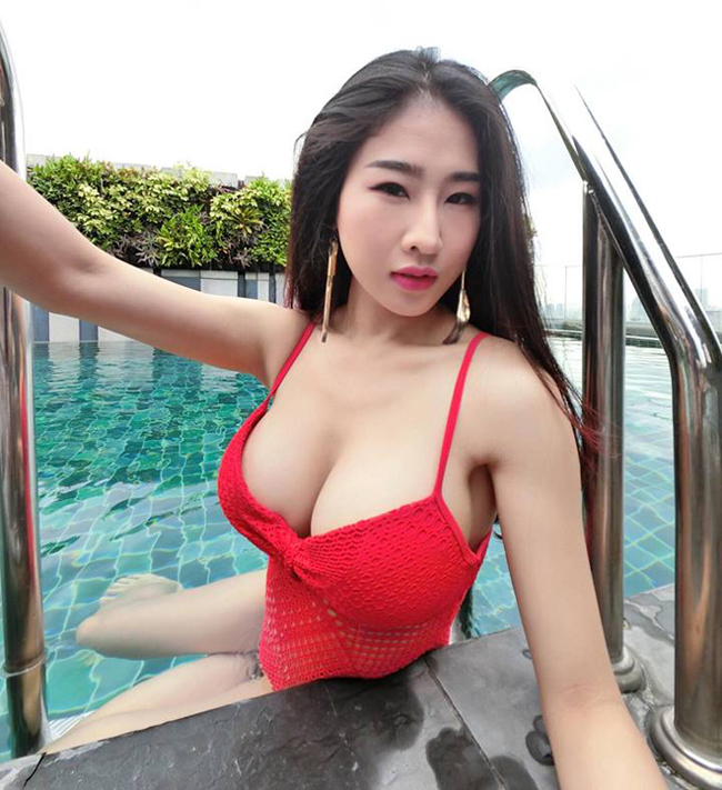Incall mature group