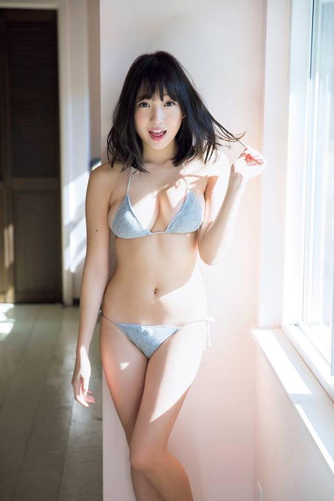 Bikini khiêm tốn vải, mặc cho có của các cô gái Nhật Bản - Hình 4