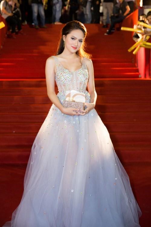 Hương Giang Idol mặc xấu của ngày xưa đã không còn, hứa hẹn bùng nổ ở Hoa hậu Chuyển giới Quốc tế