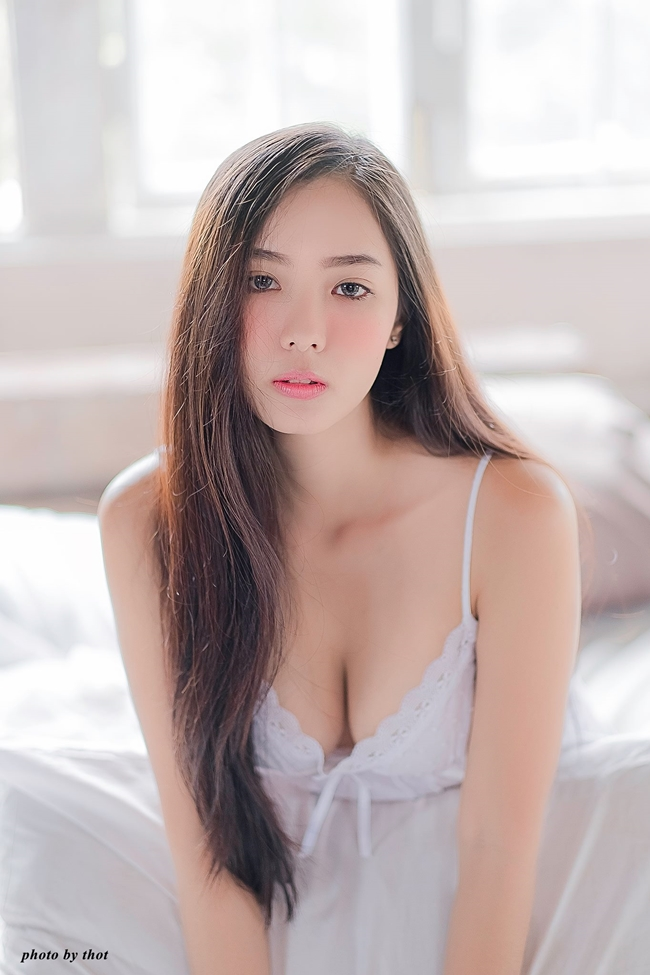 """Dàn mẫu Thái sexy giỏi """"lừa tình"""" thiên hạ"""