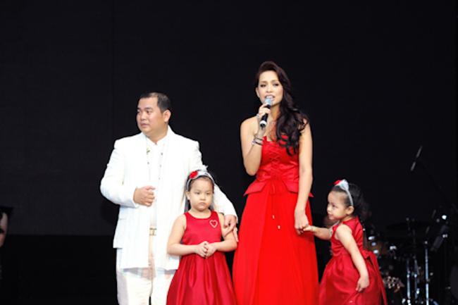 Những cặp đũa lệch trong showbiz Việt