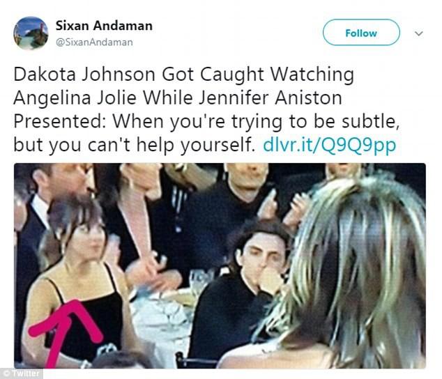 Khoảnh khắc thú vị: Angelina phản ứng khi vợ cũ Brad Pitt xuất hiện, sao 50 Sắc Thái tò mò liếc sang theo dõi