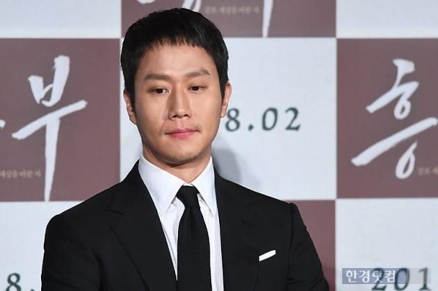 Sao Reply 1994 nén nước mắt khi nói về cố diễn viên Kim Joo Hyuk - Hình 4