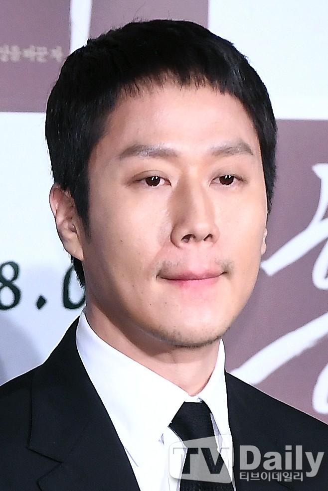 Sao Reply 1994 nén nước mắt khi nói về cố diễn viên Kim Joo Hyuk - Hình 3