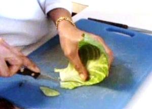 Cách tỉa lá bắp cải đẹp mà không khó - Hình 7