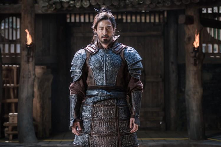 Đại chiến thành Ansi: Nam Joo Hyuk mưu tính ám sát Jo In Sung nhưng lật kèo phút cuối - Hình 4
