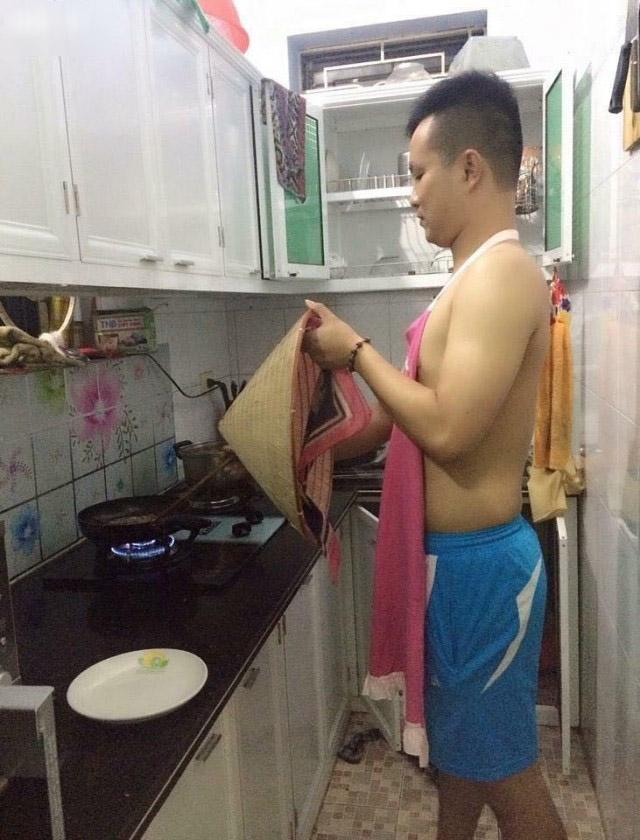 Khi đàn ông vào bếp thì các chị em chỉ có choáng thôi - Hình 7