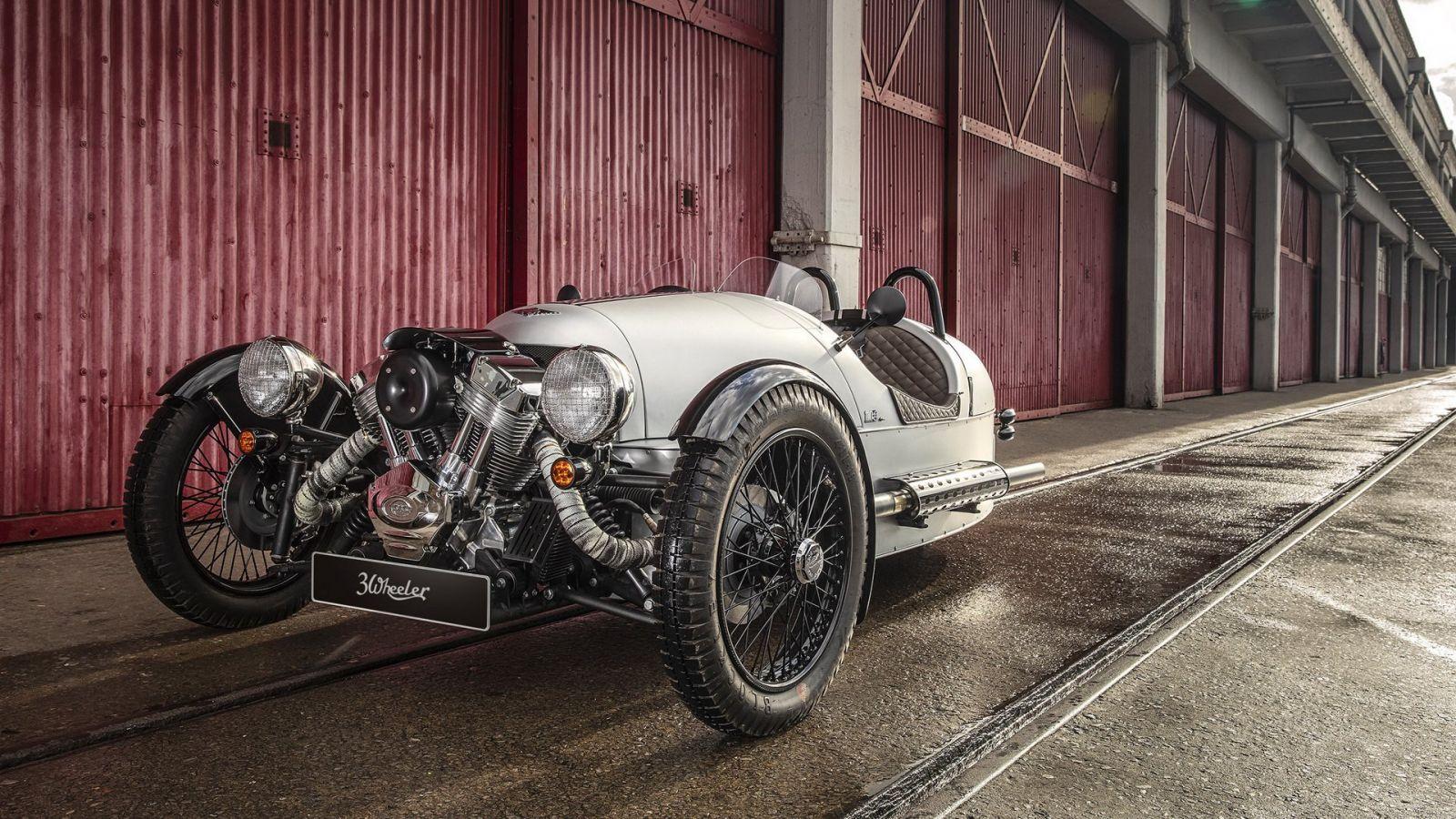 Ngắm 3 mẫu xe hoài cổ Morgan phiên bản kỉ niệm 110 năm đặc biệt - Hình 4