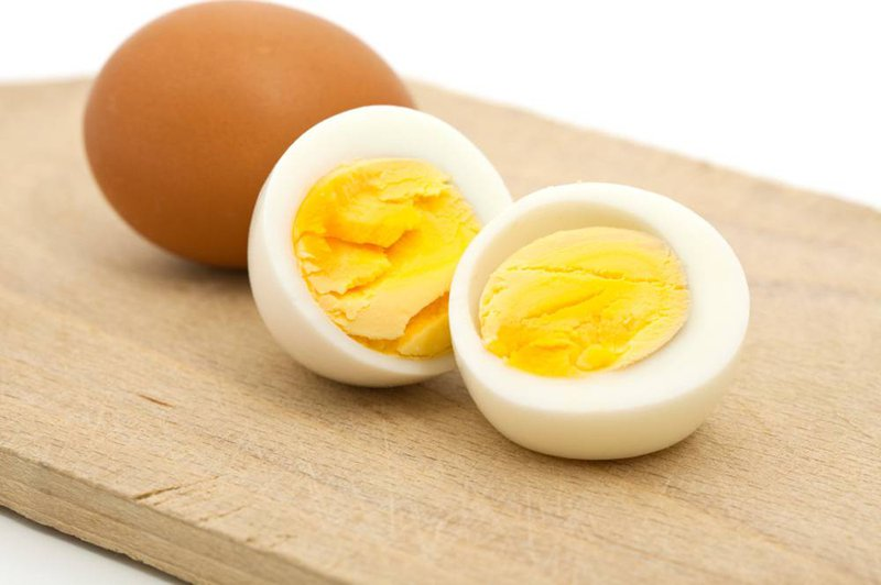 Ngực nảy nở chẳng cần đi nâng nếu bạn ăn trứng theo những cách này - Hình 6