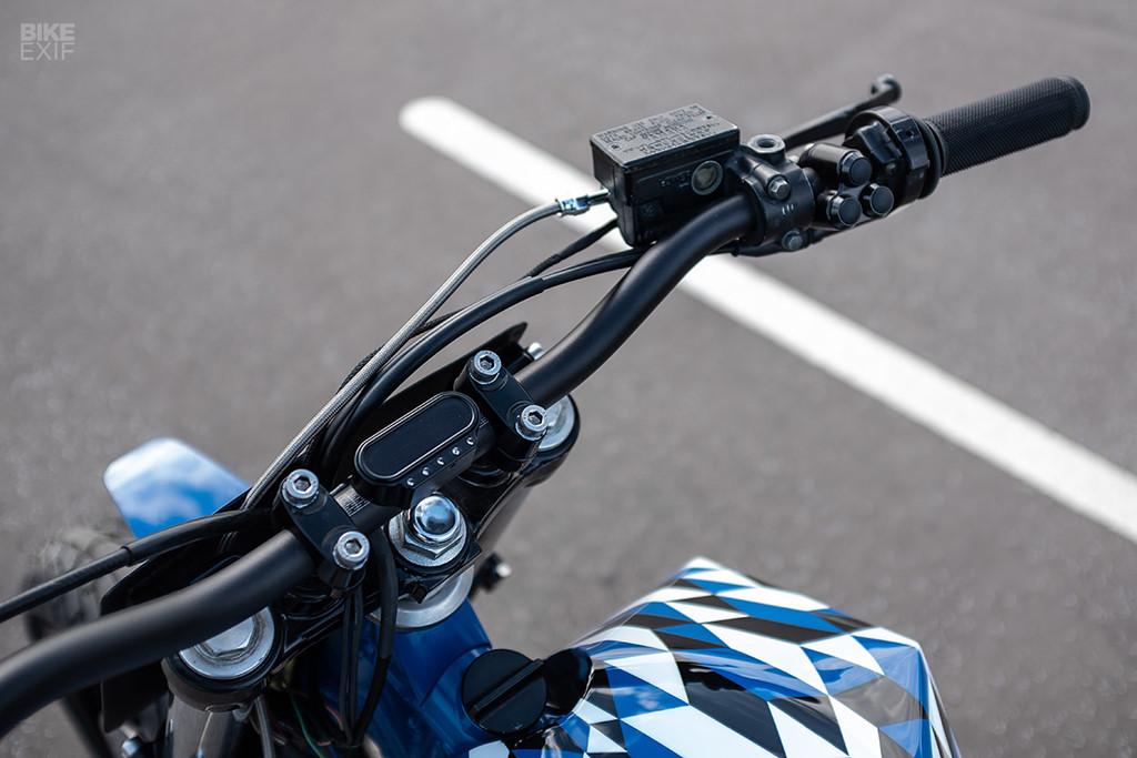 Yamaha XT600 độ phong cách Supermoto từ nước Pháp - Hình 9