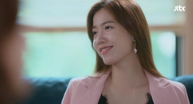 Hậu bê bối bạo hành, khán giả Hàn nói gì khi Ryu Hwayoung trở lại với phim The Beauty Inside - Hình 2