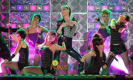 Trước Next Top châu Á, Hồ Ngọc Hà từng nhiều lần xuất hiện tại sự kiện Quốc tế khiến fan nở mặt - Hình 2