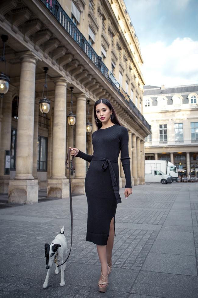 Không thể rời mắt trước bộ ảnh street style tại Pháp của hoa hậu Trần Tiểu Vy - Hình 6
