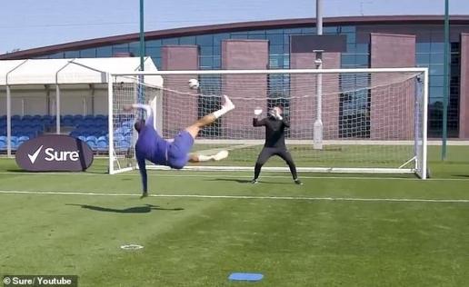 Đây là cách đặc biệt giúp Morata hồi sinh ở Chelsea chăng? - Hình 5