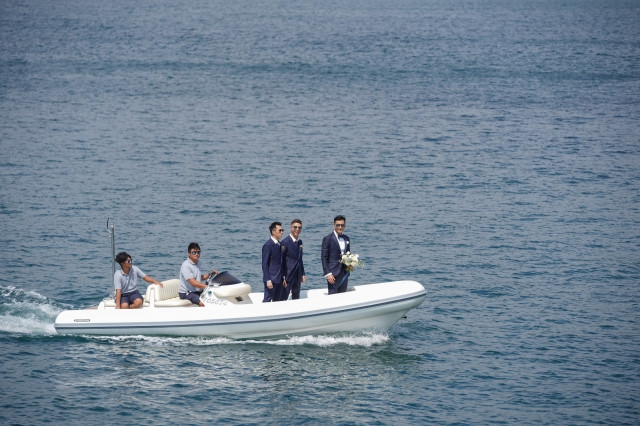 Lễ cưới trên du thuyền của tài tử TVB và người đẹp kém 13 tuổi - Hình 2