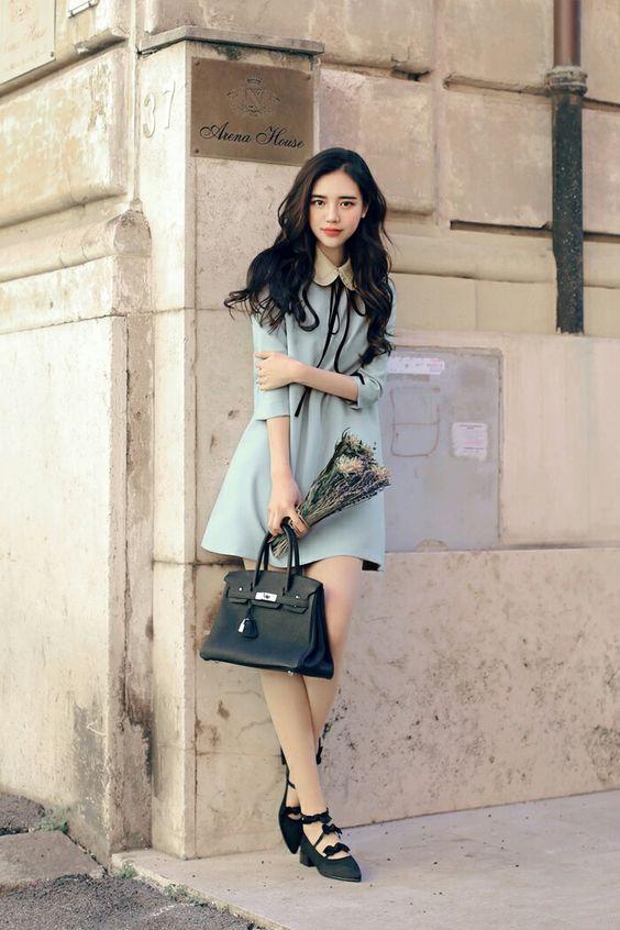 Đầm oversize áo vai da