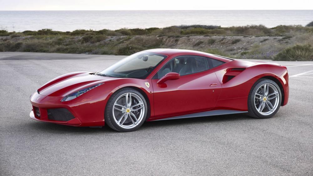 Lái siêu xe Ferrari 488 đưa con đi học, ông bố bị giáo viên và phụ huynh của lớp tẩy chay - Hình 1