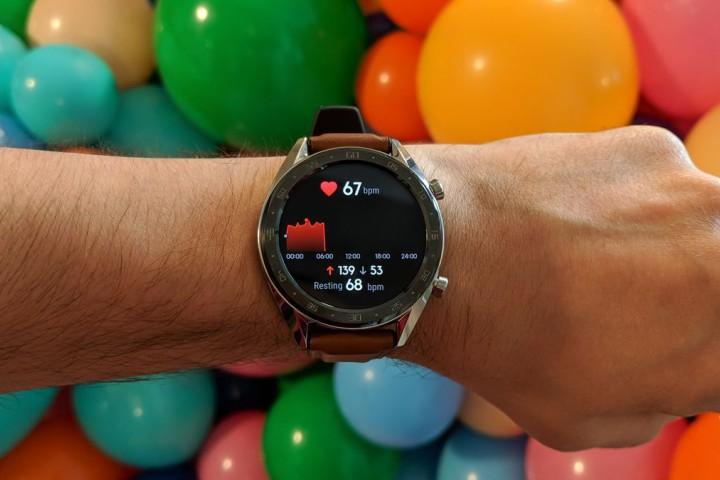 Huawei Watch GT: vòng tay thể thao dưới vỏ bọc đồng hồ đeo tay, pin 2 tuần - Hình 1