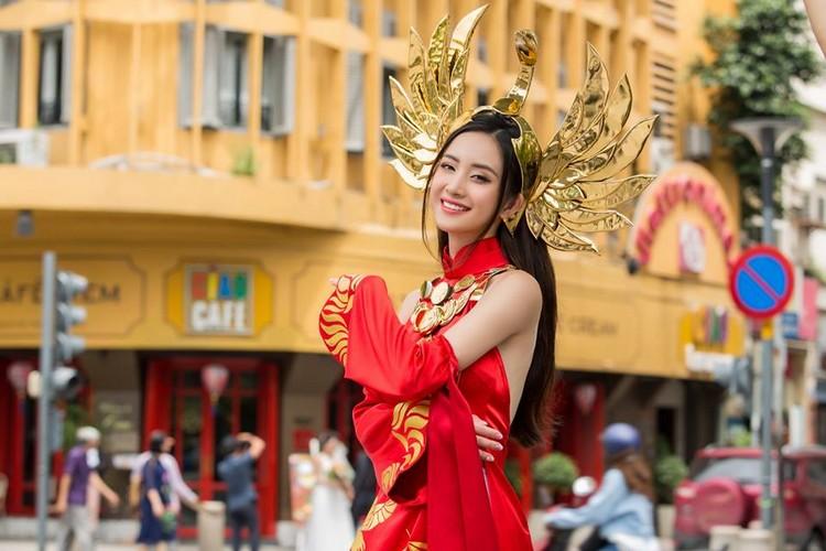 Jun Vũ đẹp như nữ thần trong bộ ảnh Ilumia Thiên nữ Áo dài - Hình 1