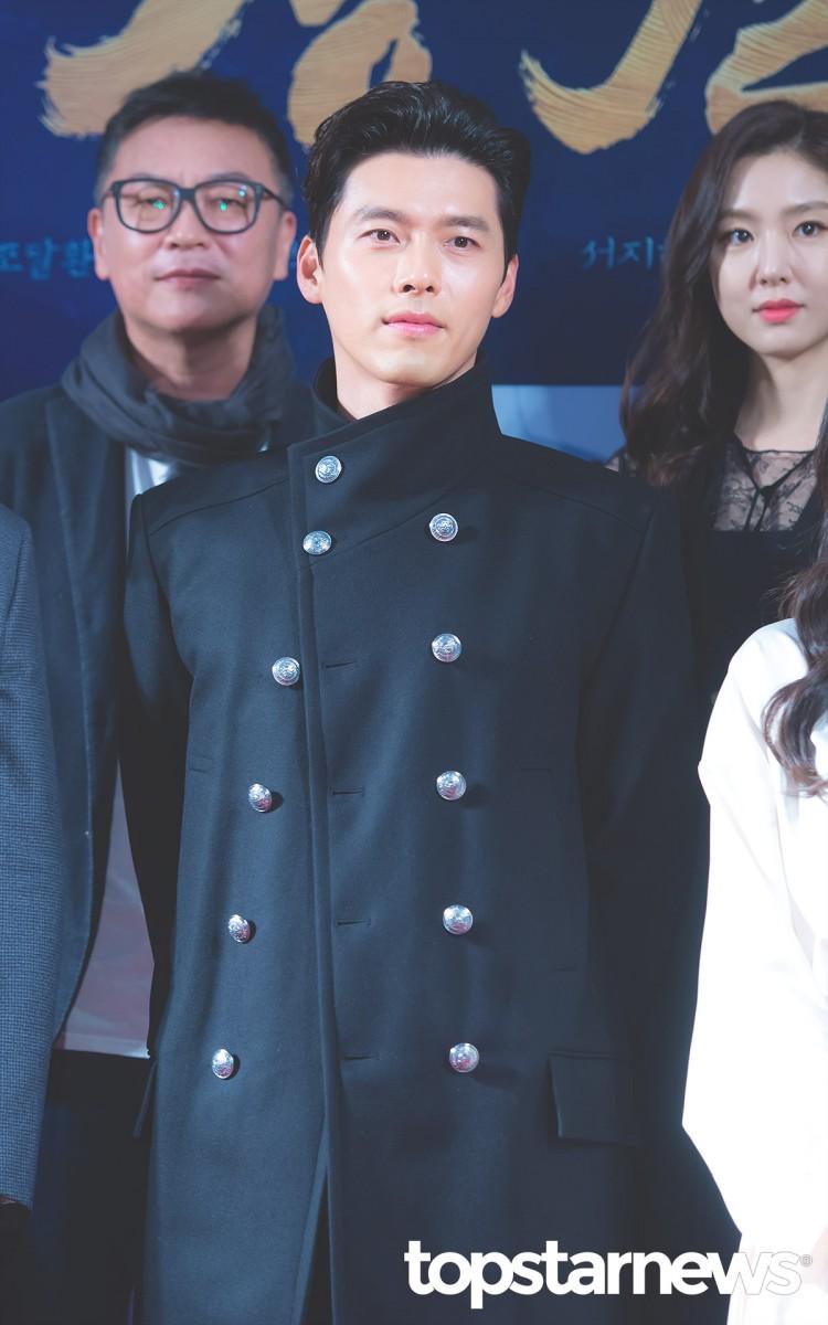 Công chiếu phim Rampant: Vợ Jang Dong Gun đọ sắc cùng hội bạn gái của Hyun Bin - Son Ye Jin, Ha Ji Won và Park Shin Hye - Hình 39