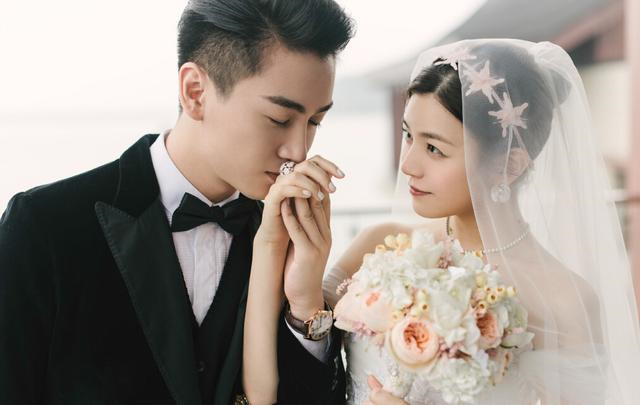 Không phải chiêu trò để PR, những cặp đôi Hoa ngữ này đã nên duyên nhờ những bộ phim đóng cùng - Hình 26