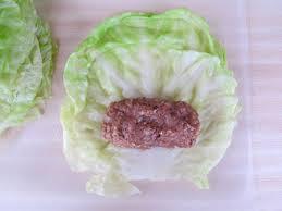 Món ngon mỗi ngày: Bắp cải cuốn thịt hấp lạ mà ngon - Hình 3