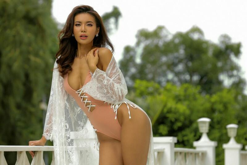 Trước thềm công bố đại diện Miss Supranational, Minh Tú bị đào mộ những khoảnh khắc show hàng quá trớn - Hình 5