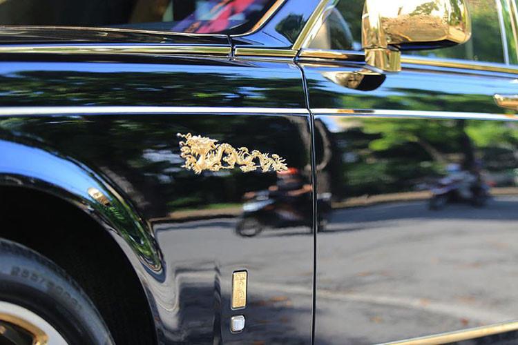 Soi Rolls-Royce Phantom rồng vàng, 35 tỷ tại Hải Phòng - Hình 4