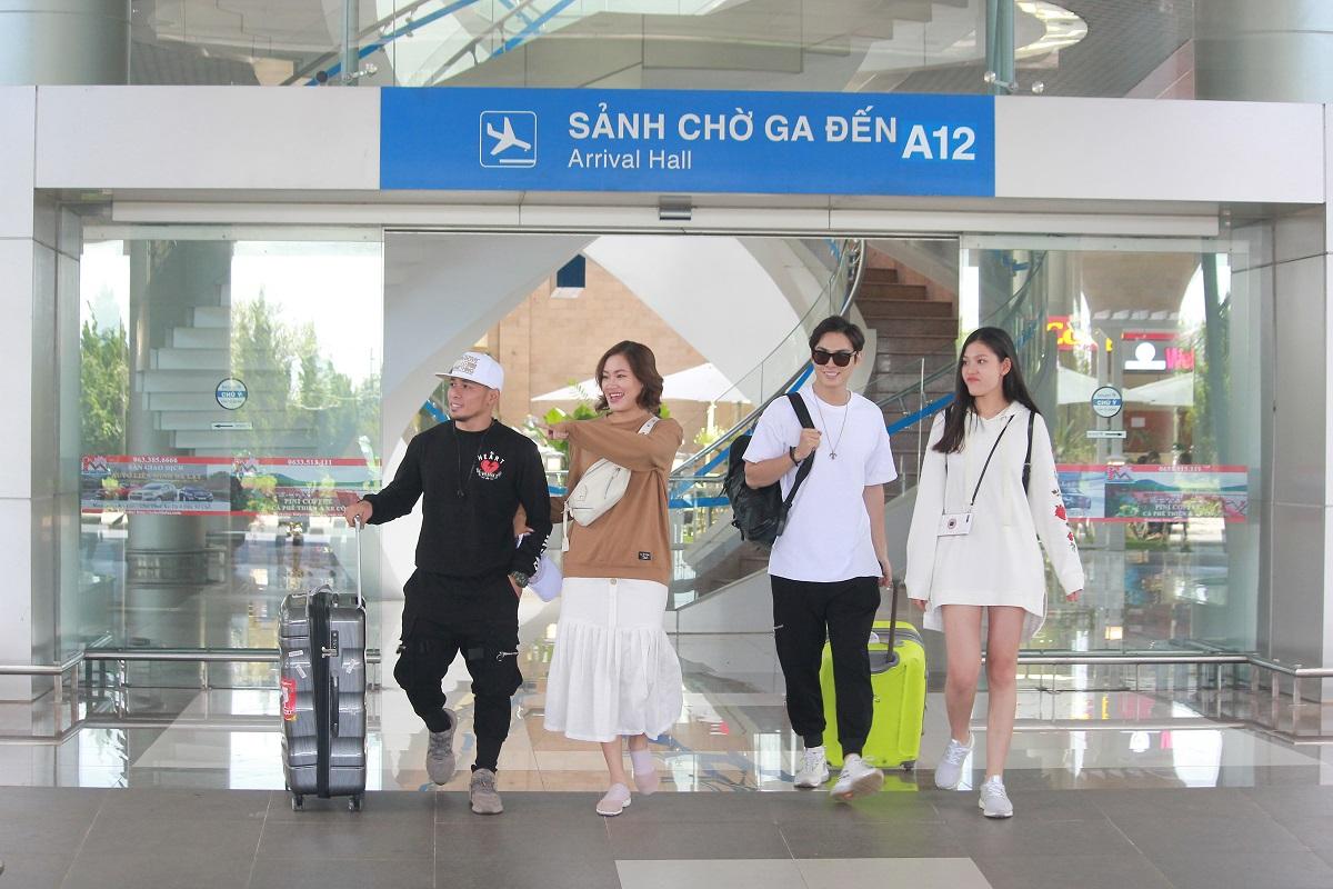 Jay Quân, Chúng Huyền Thanh kể xấu nhau trên sóng truyền hình sau 1 năm kết hôn - Hình 1