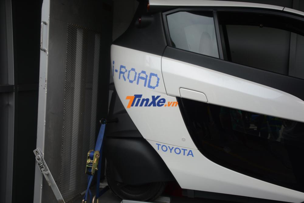 Khui công hàng nóng Toyota i-ROAD trước thềm Vietnam Motor Show 2018 - Hình 8