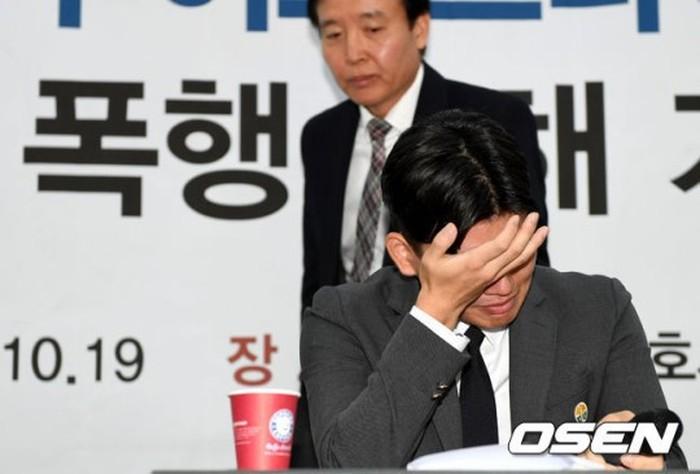 Nhóm nhạc Kpop đâm đơn kiện nhà sản xuất vì tội bạo hành - Hình 2