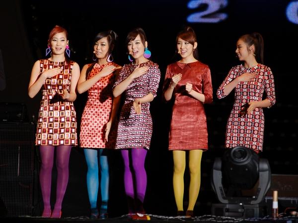 Bạn có biết: 4 công ty giải trí đình đám xứ Hàn và những lần tự cắn lưỡi để đời trong lịch sử K-POP! - Hình 2