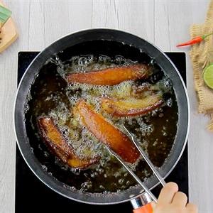 Cách làm món ba chỉ chiên trộn nước mắm kiểu Thái ngon mới lạ cho bữa tối - Hình 3