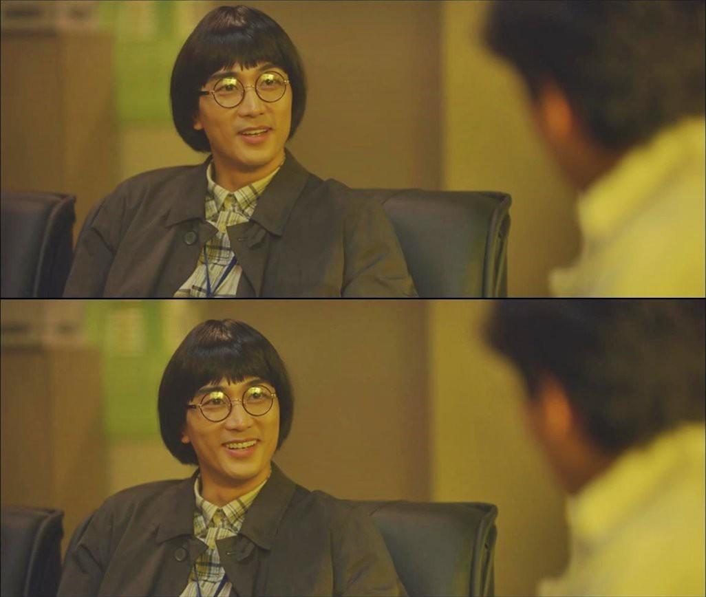 Đố bạn nhận ra ông chú đầu nấm này lại chính là... tài tử Song Seung Hun - Hình 4