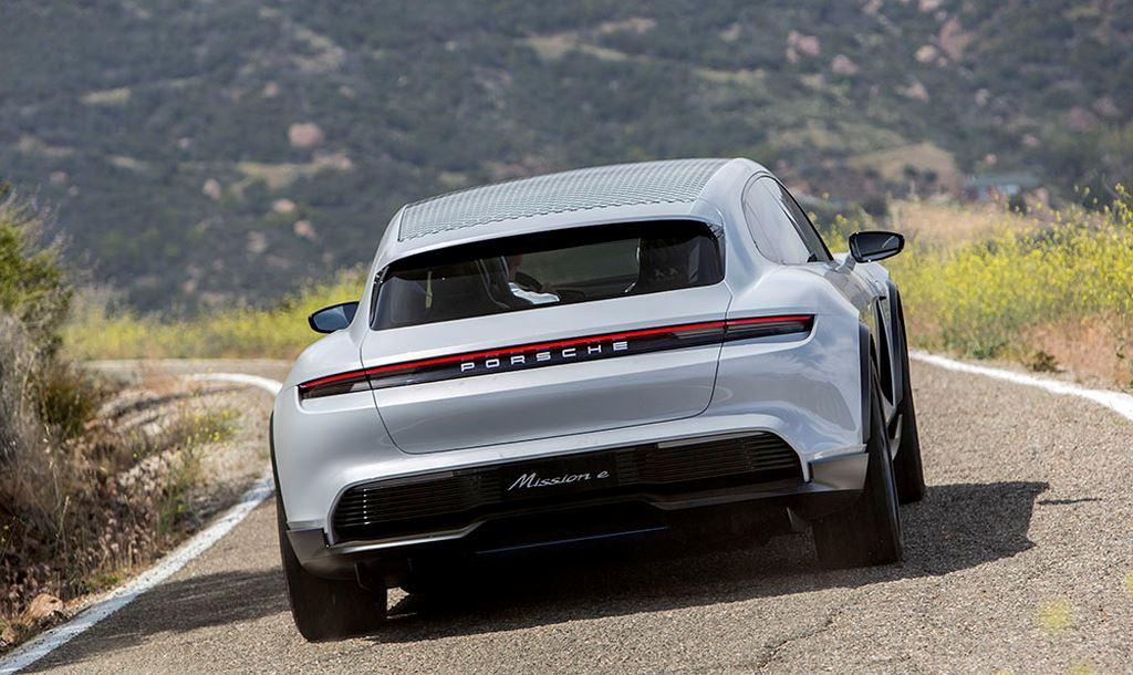 Porsche Taycan Cross Turismo được bật đèn xanh sản xuất hàng loạt - Hình 12