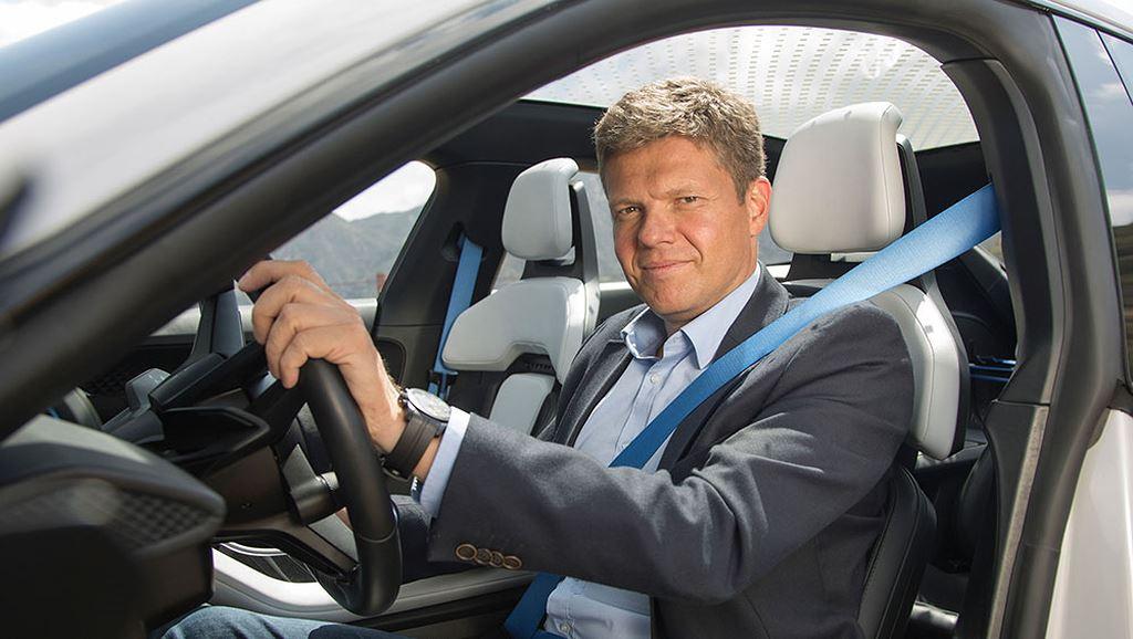 Porsche Taycan Cross Turismo được bật đèn xanh sản xuất hàng loạt - Hình 3
