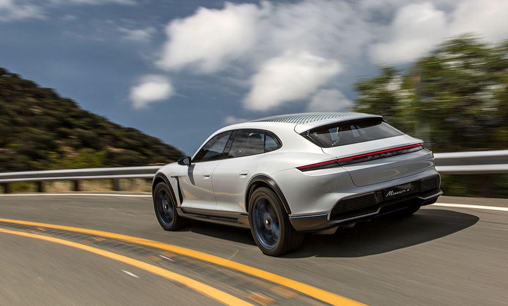 Porsche Taycan Cross Turismo được bật đèn xanh sản xuất hàng loạt - Hình 11