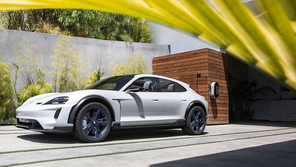 Porsche Taycan Cross Turismo được bật đèn xanh sản xuất hàng loạt - Hình 1