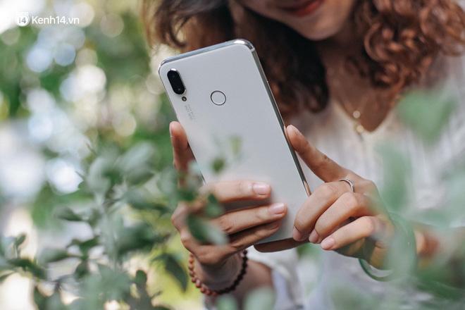 Huawei Nova 3i: Đẳng cấp chứng minh từ lớp vỏ Ngọc Trai - Hình 11