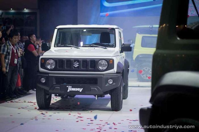 Ô tô 'hộp diêm' Suzuki Jimny ra mắt khách hàng tại Philippines - Hình 3