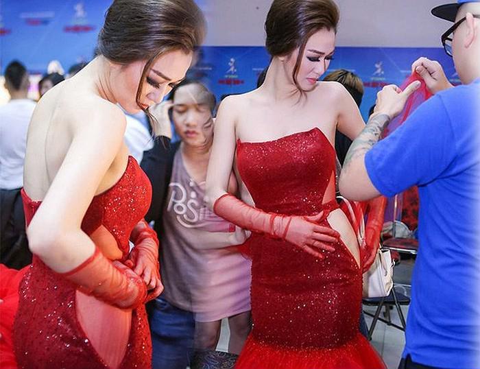 Loạt sự cố lộ chỗ nhạy cảm khiến sao Việt muốn 'độn thổ': Trấn Thành, sếp Tùng cũng dính phốt! - Hình 3