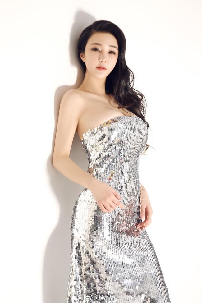 Người mẫu Trung Quốc khoe dáng gợi cảm, quyến rũ - Hình 11