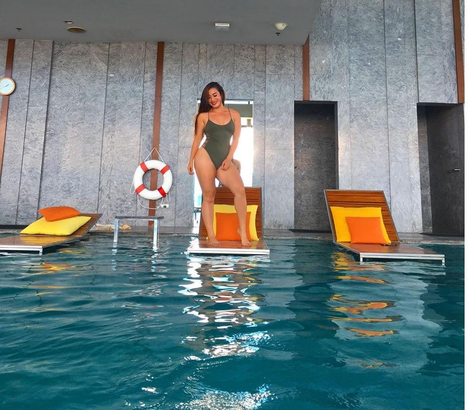 Cùng ngắm Phùng Phương Thúy hotgirl gợi cảm nhất Vịnh Bắc Bộ - Hình 6