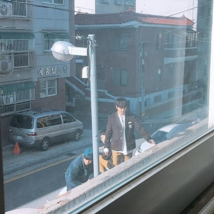 Lộ diện tạo hình 'nam thần trường trung học' của Yoo Seung Ho trong bộ phim sắp lên sóng Revenge Is Back - Hình 2