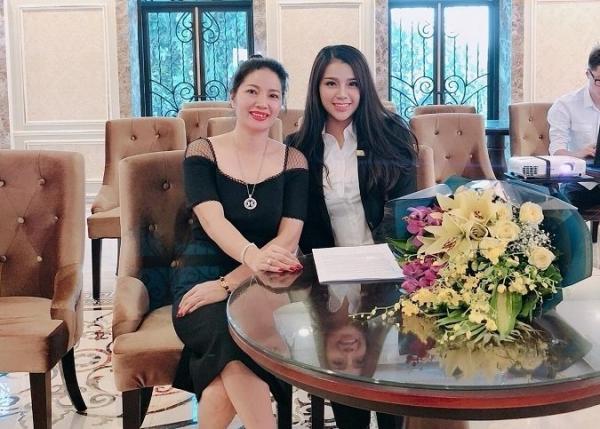 Cô chủ khách sạn công khai tình cảm với Bùi Tiến Dũng U23 Việt Nam - Hình 8