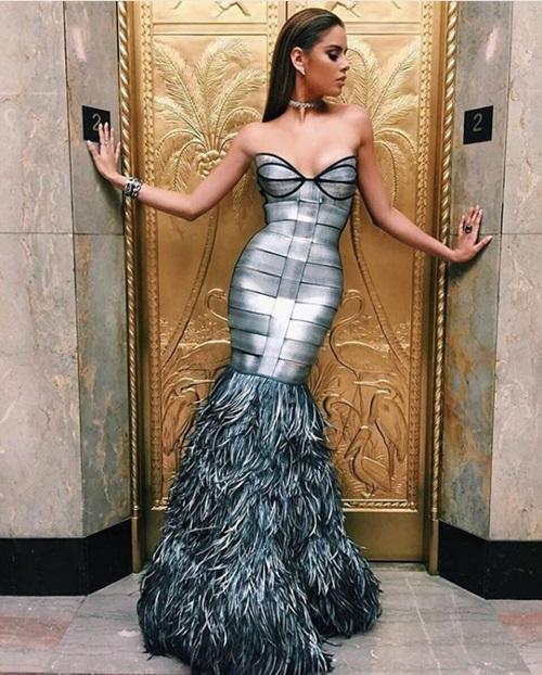 Đường cong đốt mắt của mỹ nữ bị trao nhầm vương miện Hoa hậu Hoàn vũ - Hình 8