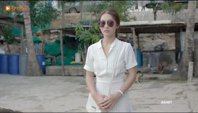Có tâm như Khả Ngân: Đóng phim remake là cũng diện luôn trang phục giống Song Hye Kyo cho vẹn toàn - Hình 4