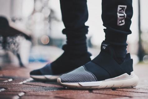 5 phong cách giày sneaker nam sành điệu cho mùa Giáng sinh - Hình 1