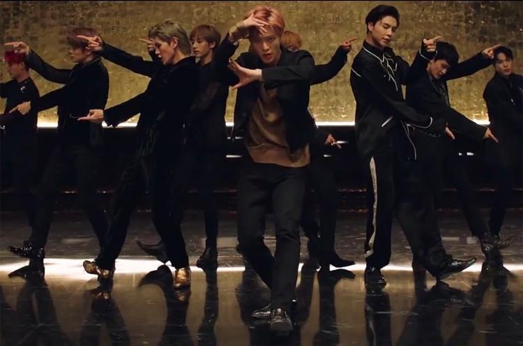 NCT 127 tung MV đánh úp lúc nửa đêm: Khung giờ vàng mới của Kpop? - Hình 6