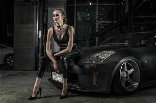 Người đẹp cá tính đọ dáng cùng 'huyền thoại drifter' Nissan 350Z - Hình 3